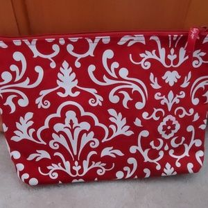 Thirty-one makeup pouch